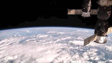 ISS Live Now: Live HD Earth View and ISS Tracker عکس 23
